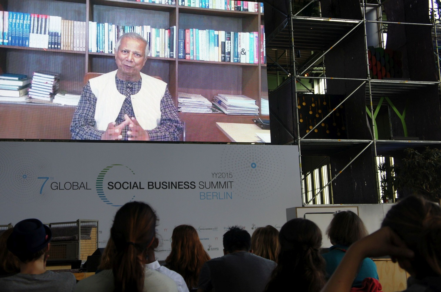 Nobel Peace Prize laureate Muhammud Yunus addresse Refugee Action Tank attendees at the Global Social Business Summit at Tempelhof Airport.